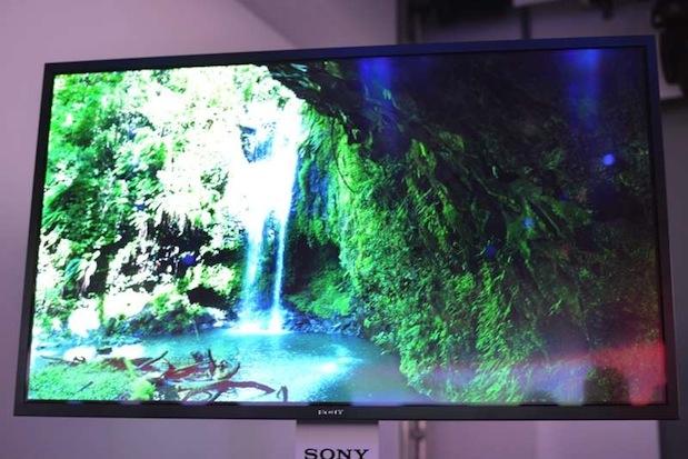 Migliore HDTV Sony ULTRA HD OLED da 56 pollici Lista dei migliori prodotti presentati al CES 2013 di Las Vegas secondo Engadget