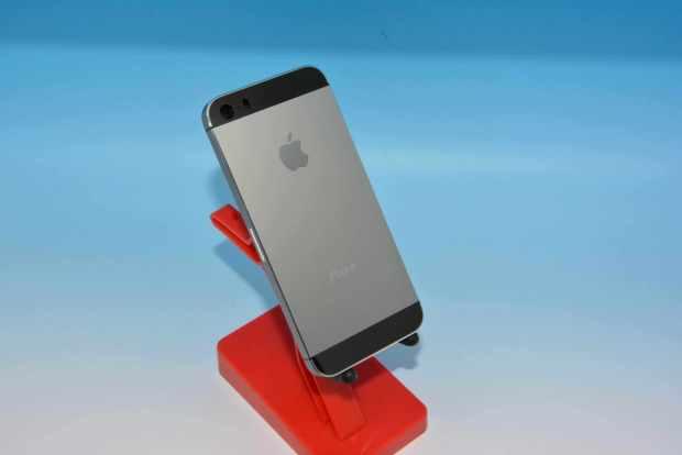 iphone graphite 620x414 Nuovi iPhone 5C e 5S svelati da una galleria di oltre 70 immagini
