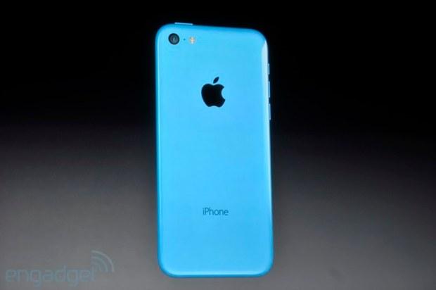 iphone2013 0077 620x412 Le prime foto del nuovo iPhone 5c, in diretta dallevento di Cupertino di oggi