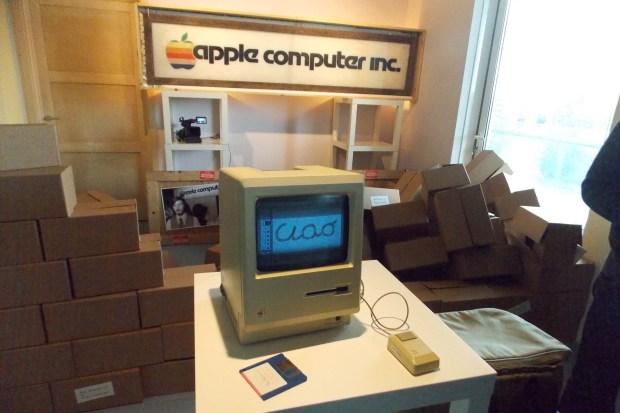 AAA 1731 620x413 All About Apple: presentata la nuova sede a Savona del museo Apple più fornito del mondo