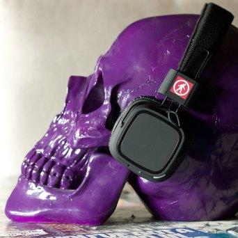 privates wireless headphones lifestyle 2 570x570 Outdoortechnology, dispositivi a prova di tutto!