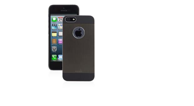 %name Leleganza di Moshi in due custodie per iPhone 5/5s e iPad Air