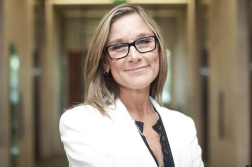Angela Ahrendts 2 Apple: 68 milioni di dollari in azioni per Angela Ahrendts