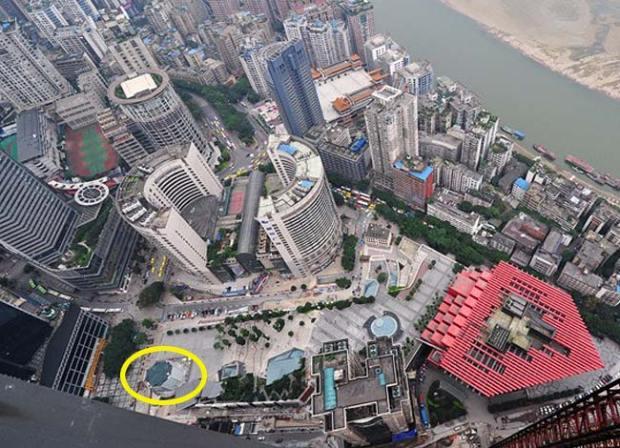 cinaapplestore1 620x448 L'Apple Store di Chongqing, in Cina, avrà un ingresso interamente in vetro