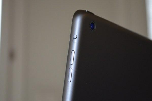 ipadairfotocamera 620x410 Sta per iniziare la produzionedel nuovo iPad Air, con processore A8, fotocamera da 8 megapixel e Touch iD?