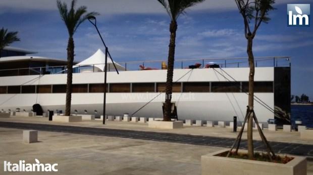 yatch venus steve jobs brindisi 06 620x348 Le foto esclusive di Italiamac dello Yatch Venus di Steve Jobs (ora di Laurene) ormeggiato nel porto di Brindisi nellAdriatico