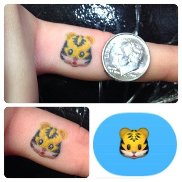 Emoji Tattoo Lion 620x620 Ecco 15 tatuaggi di Emoji che vi lasceranno senza parole