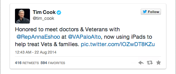 timcooktwitter Il CEO di Apple Tim Cook visita l'ospedale Veterans Affairs a Palo Alto, in California