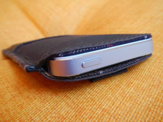 DSCN1189 620x465 Proporta: Una Custodia a pochette per iPhone 5s /5 in tessuto originale Barbour