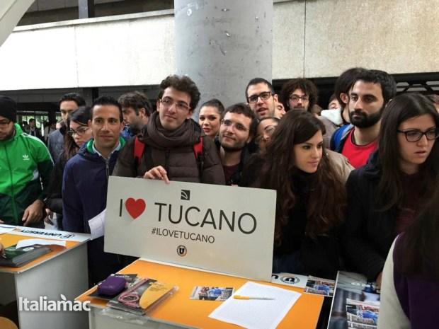 University Box Tucano politecnico bari 41 620x465 Foto: Italiamac partecipa al Tour University Box di Tucano