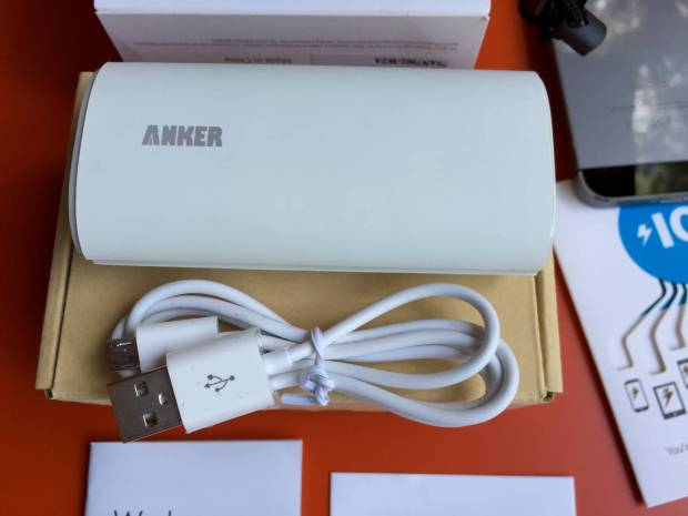 Anker4