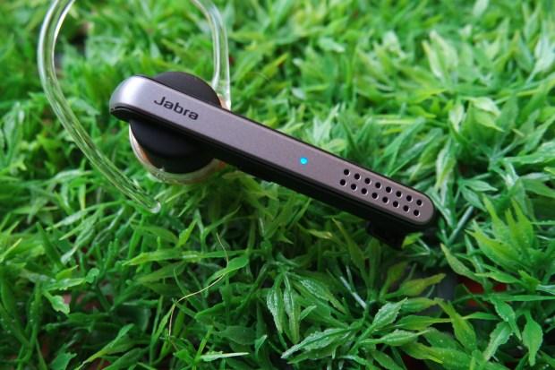 SAM 0058 620x413 Jabra Stealth, comodo auricolare con tecnologia Bluetooth 4.0, che offre chiamate nitide con audio in alta definizione, mostrato nel corso dell IFA 2014