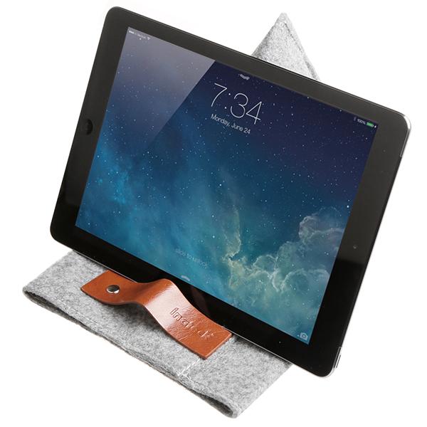 Supporto Nuova custodia TPB IA per iPad Air della Inateck.
