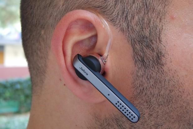 jabra1 620x413 Jabra Stealth, comodo auricolare con tecnologia Bluetooth 4.0, che offre chiamate nitide con audio in alta definizione, mostrato nel corso dell IFA 2014