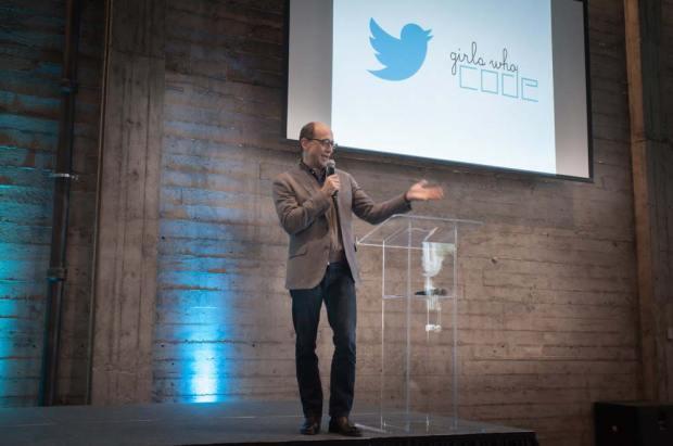 twitter speacker 620x411 2014: un anno vissuto su Twitter, fra tweet, hashtag e argomenti popolari