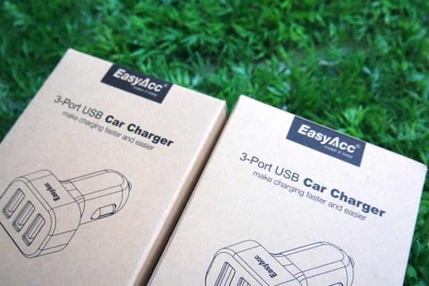 EasyAcc6 620x413 Easy Acc: Caricabtteria da Auto con 3 porte USB in grado di erogare 5.1 A di potenza
