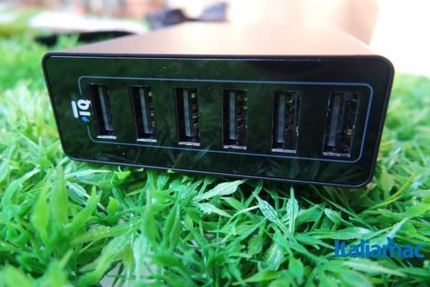 anker alimentatore 6 porte usb6 620x414 Anker, alimentatore a 6 porte USB da parete con Tecnologia PowerIQ