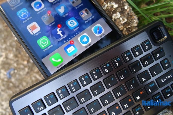mobilefun tastiera bluetooth 1 MobileFun: Tastiera Bluetooth e Trackpad Dual Connect Slimline per iDevice