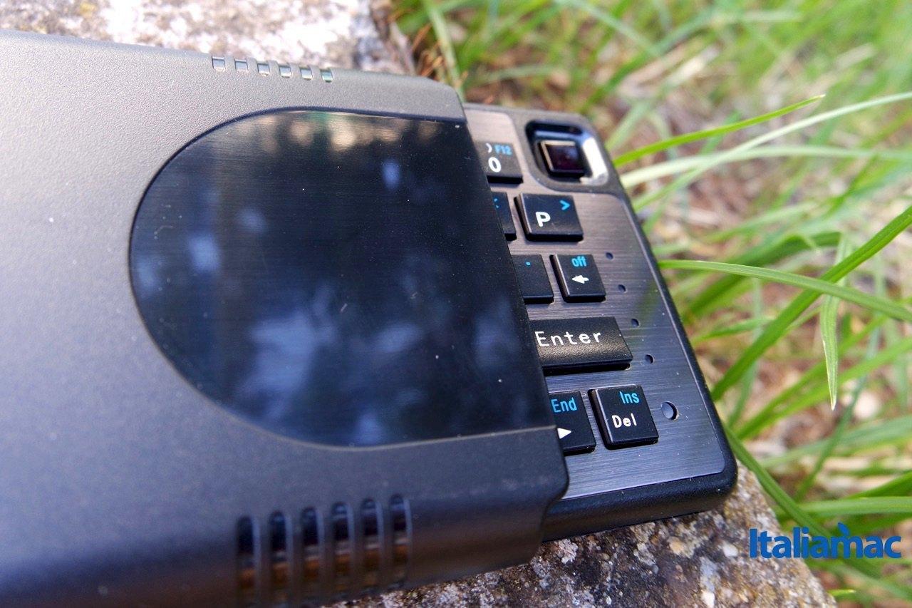 %name MobileFun: Tastiera Bluetooth e Trackpad Dual Connect Slimline per iDevice