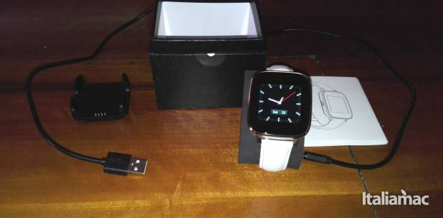 unboxing 620x306 Zeblaze Crystal Smartwatch: un Apple Watch più economico?