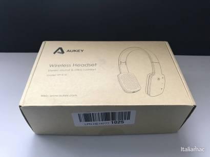 %name Le cuffie Bluetooth sensibili al tocco over ear di Aukey