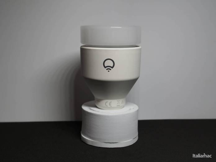 www.italiamac.it lifx a60 la lampadina a led da 75w compatibile con homekit pc200018 LIFX A60: La lampadina a LED da 75W compatibile con HomeKit