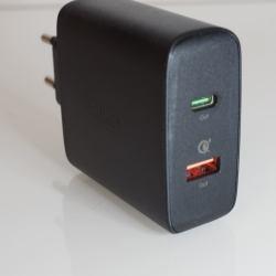%name Caricabatterie Aukey USB C per caricare rapidamente iPhone 8/Plus/X