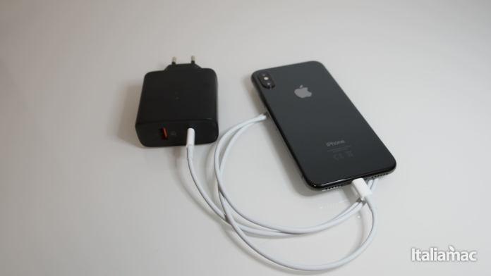italiamac p3070948 Caricabatterie Aukey USB C per caricare rapidamente iPhone 8/Plus/X