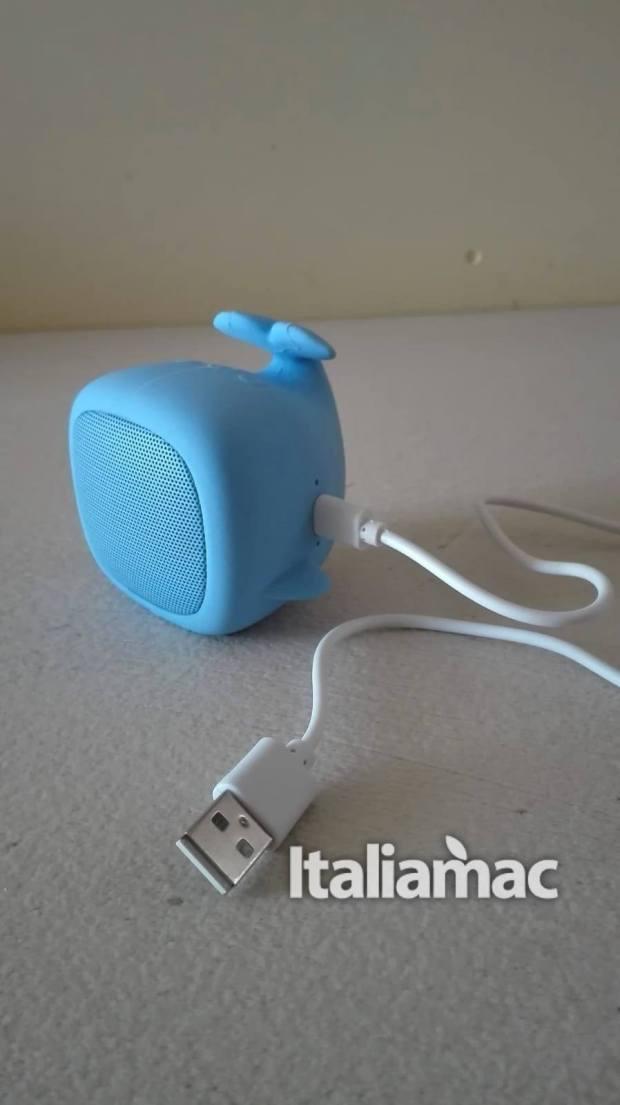italiamac quishino whale 620x1105 Qushini lo speaker bluetooth per ascoltare musica con stile