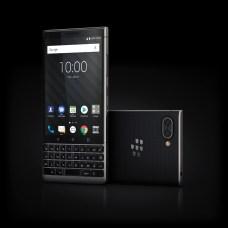 %name 39 immagini del nuovo BlackBerry KEY2 disponibile in Italia dal 30 luglio