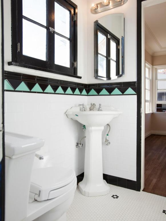 How To Make A Small Bathroom Look Bigger In 7 Tips