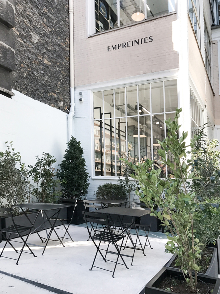 a new concept store in paris empreintes. Black Bedroom Furniture Sets. Home Design Ideas