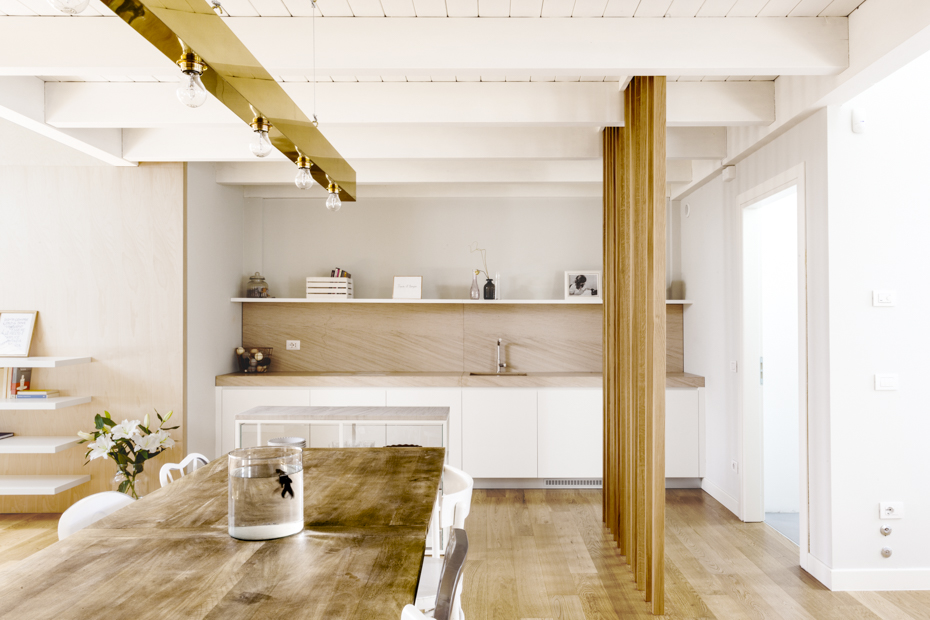 Italian homes two amazing bright and minimal attic apartments - Interior design italia ...