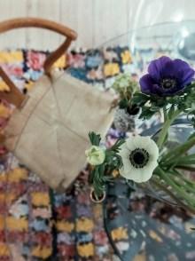 scandi boho apartment, scandi boho style, home tour denmark, tom dixon copper lamp, boucheroite colourful rug