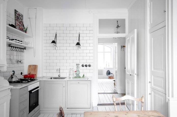 total-white-small-apartment-sweden-italianbark-interiordesignblog (6)