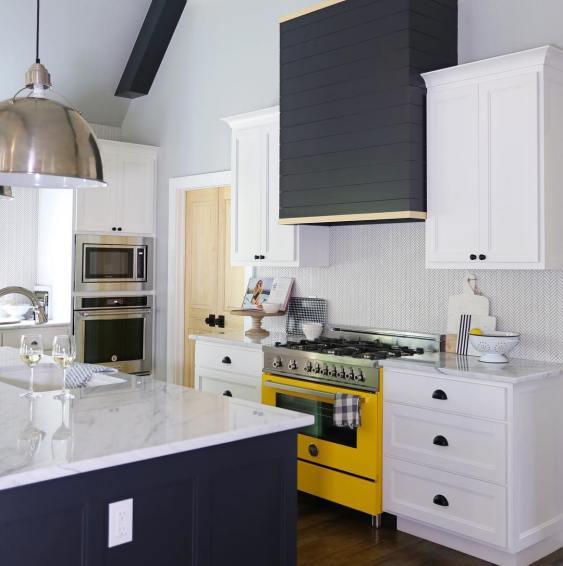 american-kitchen-design-bertazzoni-italian-kitchen (12)