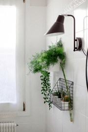 bathroom-before-after-small-bathroom-restyling-black-white-minimalist (17)