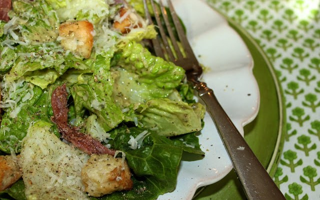 Fresh Pesto Caesar Salad