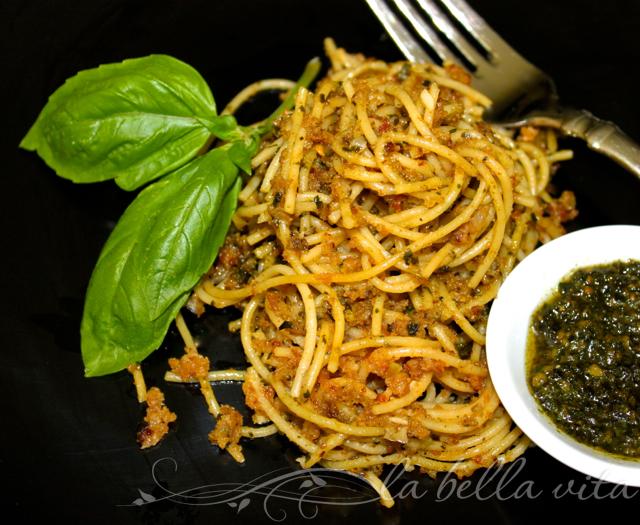 Spaghetti with Toasted Garlic Breadcrumbs