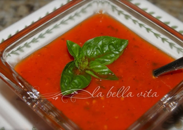 tomato with basil bisque soup