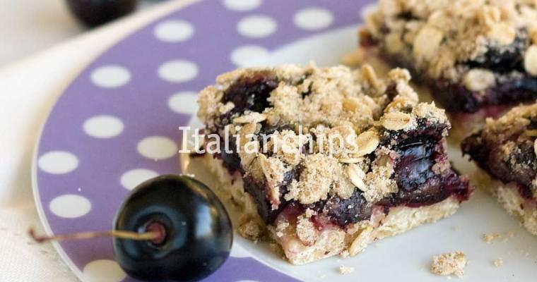 A Delicious Cherry Crumble Recipe
