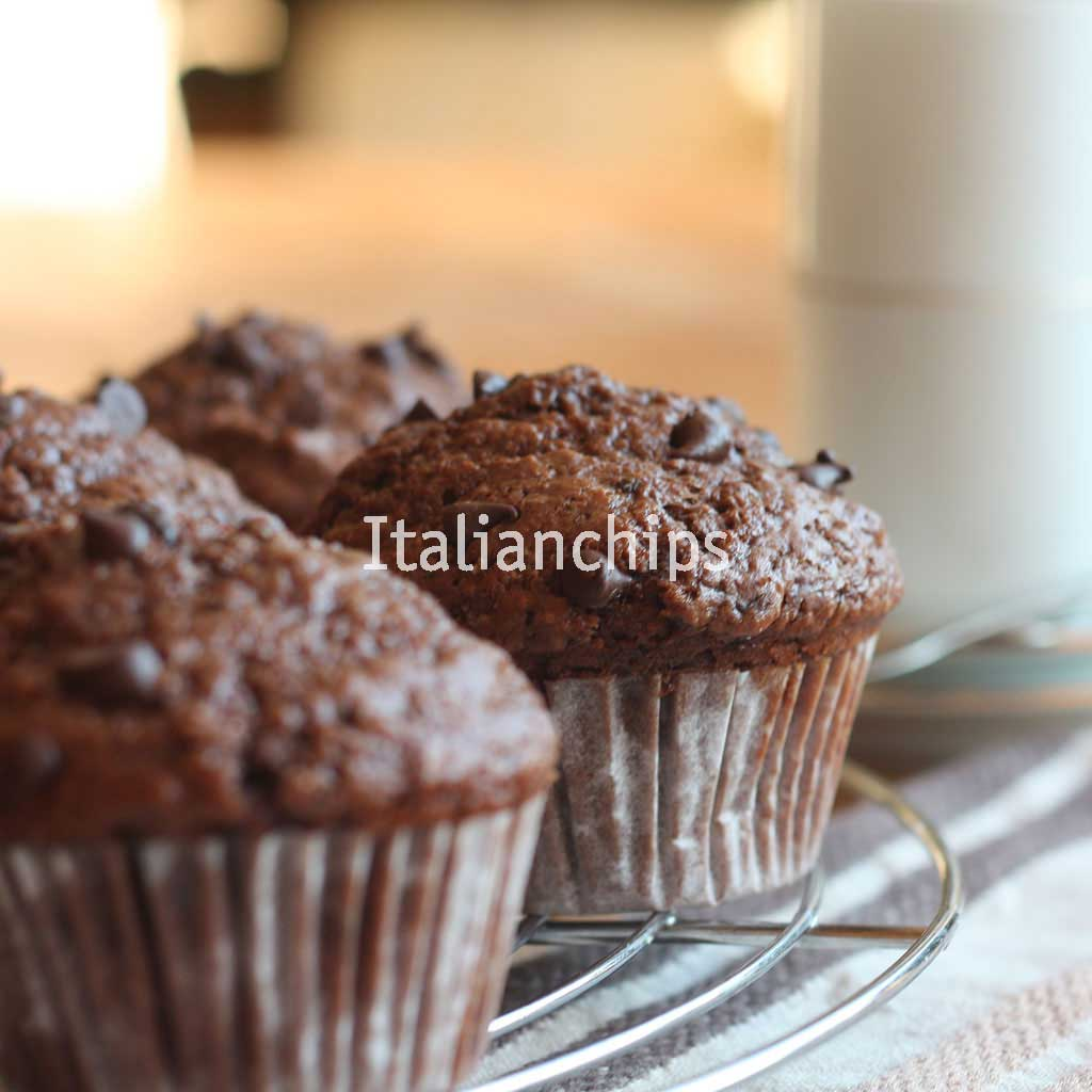 The Chocolate Muffin Recipe I Dreamed About - Italian Chips
