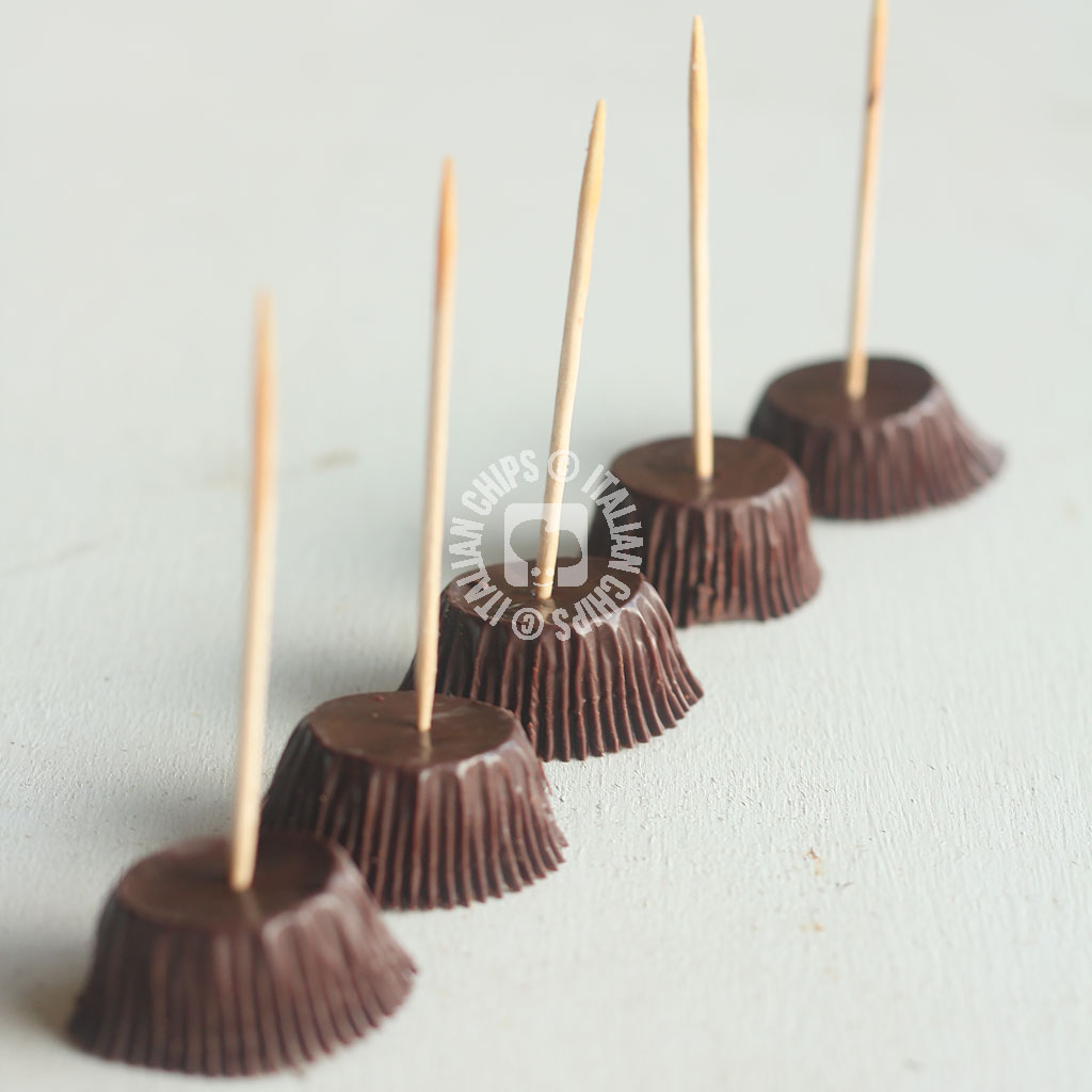 chocolate-witch-brooms-5