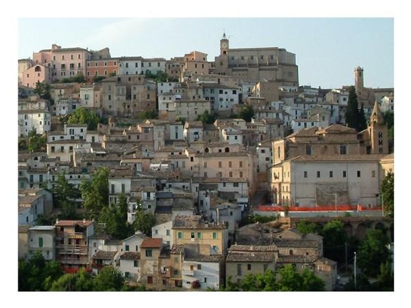 Abruzzo L39Aquila Chieti Pescara Teramo About Italy