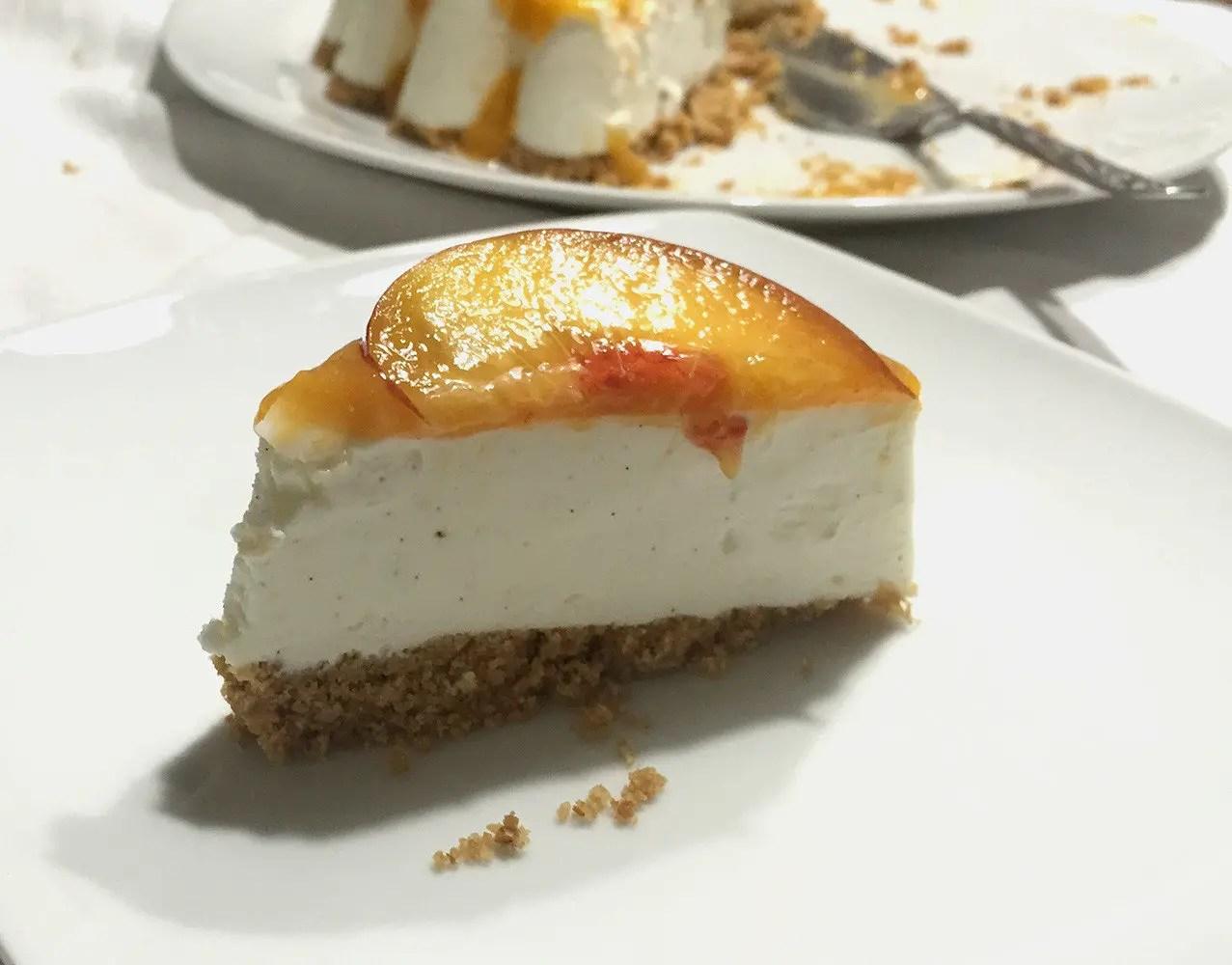 Cheesecake albicocche e pesche