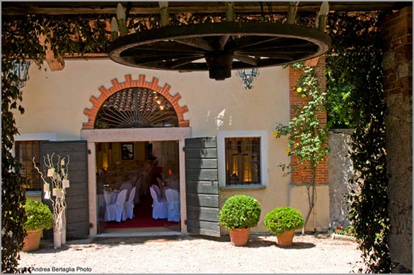 country-wedding-venue-lake-Maggiore-Italy