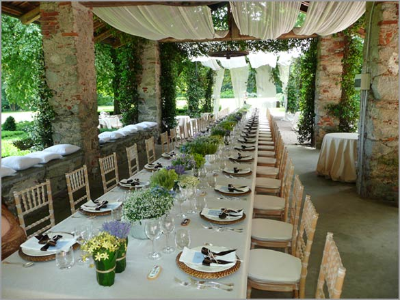 open-air-country-wedding-reception-Italy