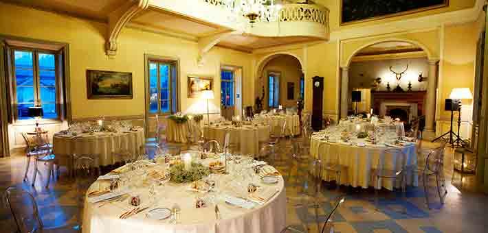 winter-wedding-in-countryside-villa