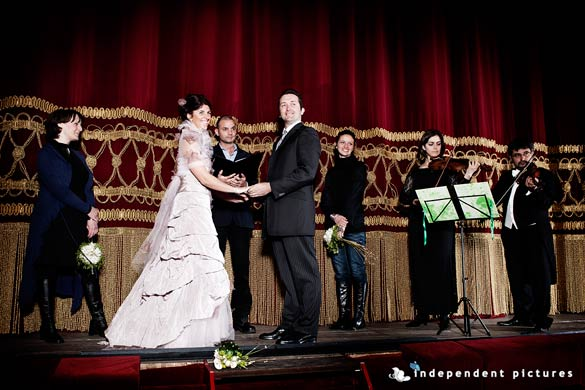 wedding-ceremony-to-Carignano-Theatre