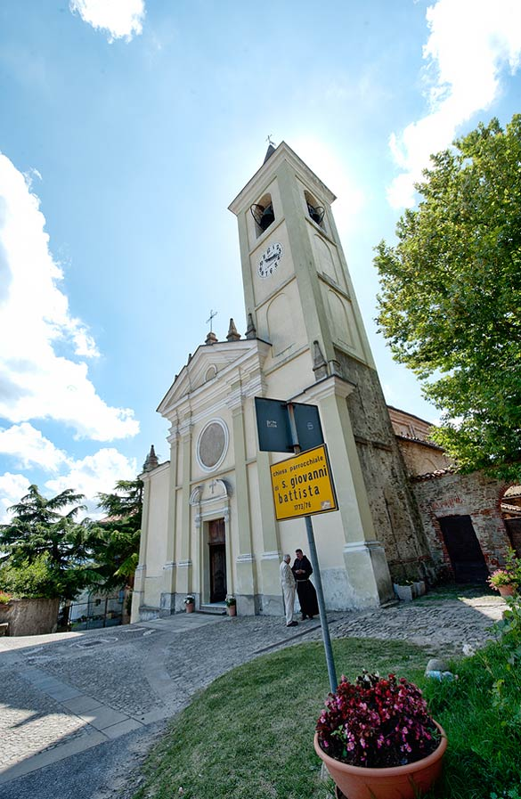 wedding in Langhe church